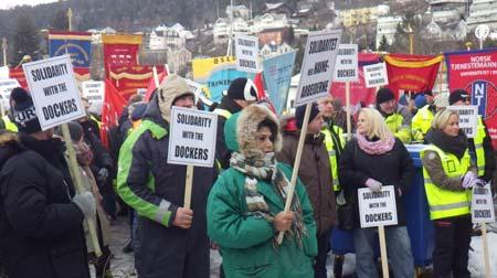 Boikott av Yilport på Oslo havn, fanemarkering. Foto.